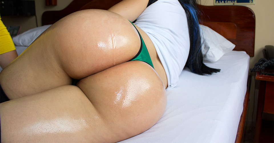 Andrea - bubble butt